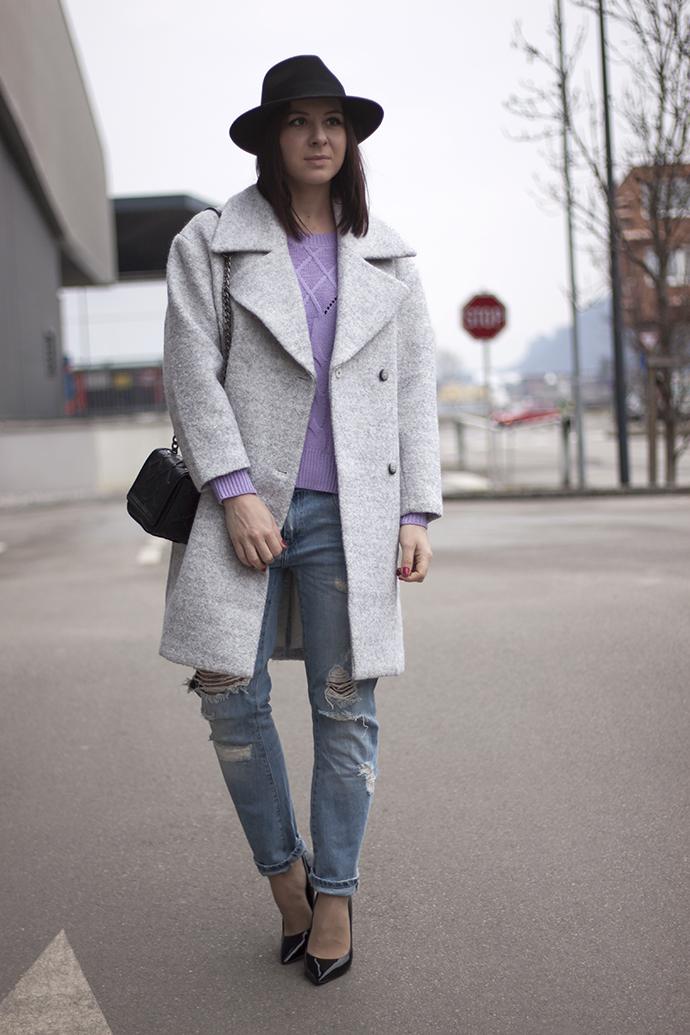 whoismocca-oasap-pullover-lila-boyfriend-jeans-hmtrend-mantel-oversize-pumps-06