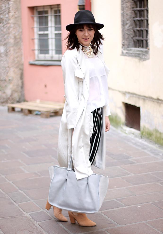 whoismocca, oasap streifenhose, trench coat H&M, Kaviar Gauche for Zalando Boots, graue Veloursledertasche Zara