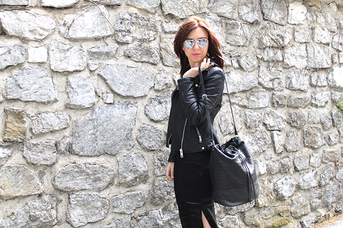 who is mocca, austrian fashionblogger, schwarzes Maxikleid mit Spitze, Lederjacke Zara, New Yorker, Pieces Beuteltasche Leder Sarenza Asos, Chelsea Boots Lack Zara