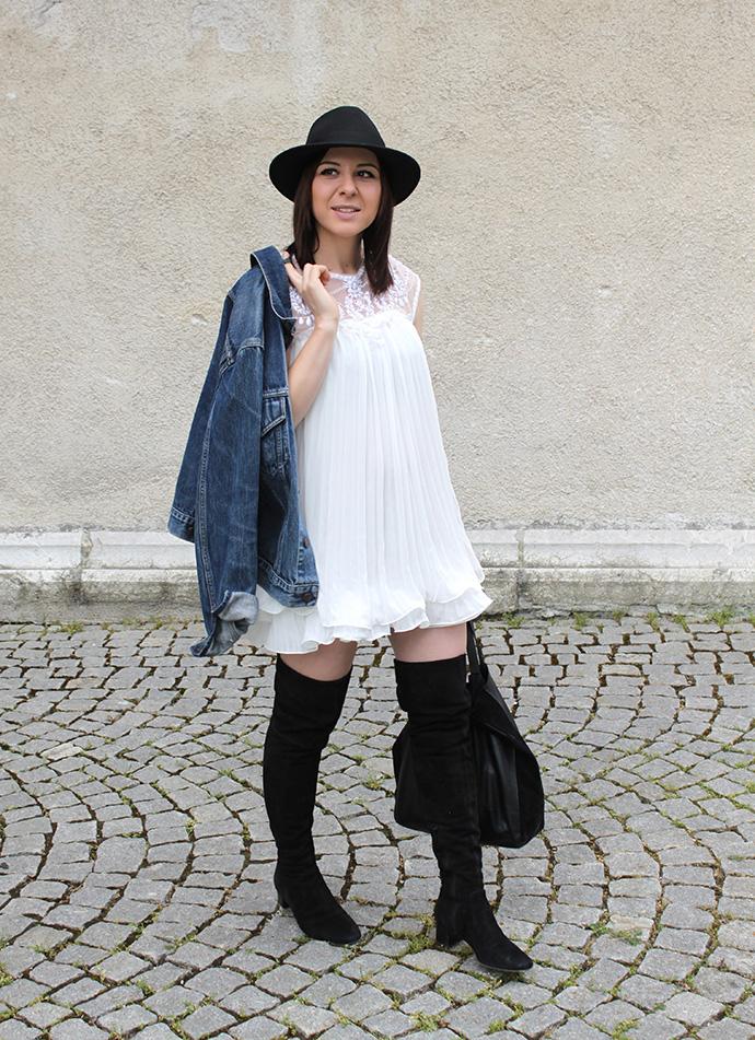 who is mocca, austrian fashionblogger, plissekleid weiß sheinside, jeansjacke levis vintage, overknee boots H&M Trend spring collection, shopper zara leder, hut fedora lierys