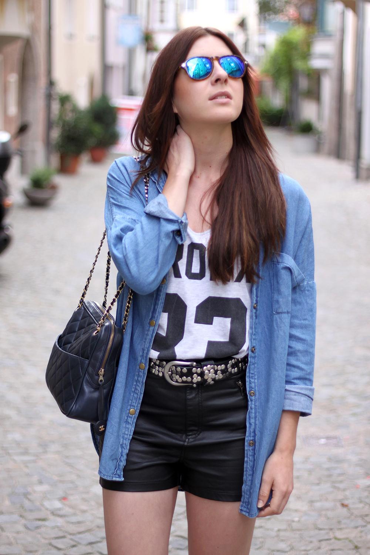 whoismocca-fashionblog-austria-ledershorts-forever18-jeanshemd-yesstyle-newyorker-istabel-marant-lookalike-sandalen-nietenguertel-08
