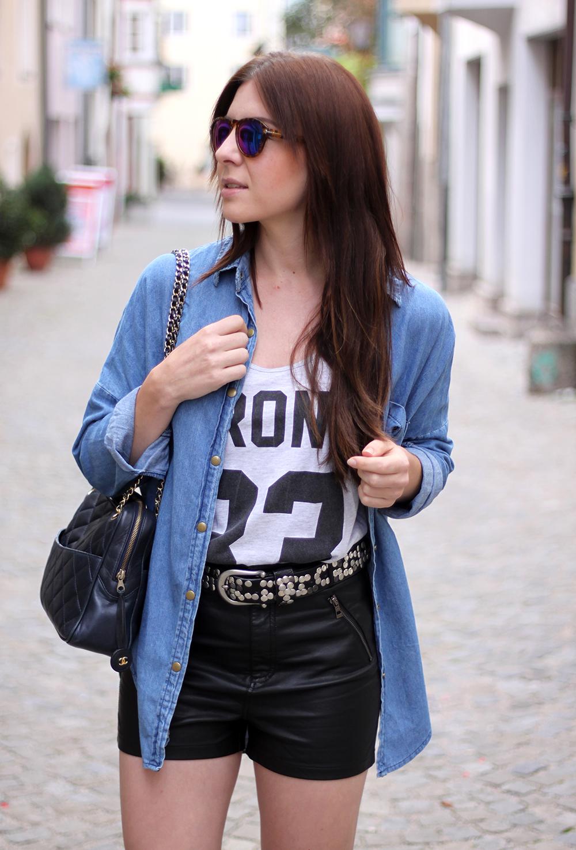 whoismocca-fashionblog-austria-ledershorts-forever18-jeanshemd-yesstyle-newyorker-istabel-marant-lookalike-sandalen-nietenguertel-09