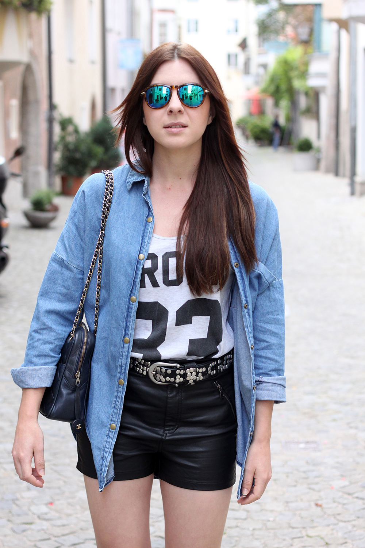 whoismocca-fashionblog-austria-ledershorts-forever18-jeanshemd-yesstyle-newyorker-istabel-marant-lookalike-sandalen-nietenguertel-10