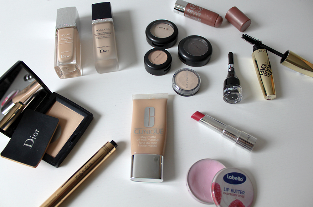 who is mocca, fashionblog tirol, fashionblog österreich, beauty favorites, beauty must haves, all time favorites beauty, essie nagellack, treaclemoon body lotion, shu uemura, kerastase, clinique, dior, labello, manhattan, mac