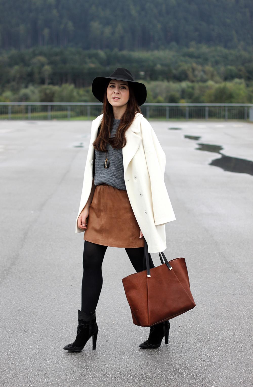 who is mocca, fashionblog tirol, fashionblog österreich, lederrock mango, grauer pullover, zara boots isabel marant, ledershopper H&M, fedora hut topshop, daniel wellington uhr