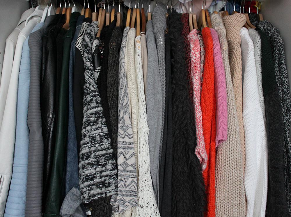 who is mocca, fashionblog tirol, kleiderschrank ausmisten, kleiderschrank inspiration, tipps und tricks, wardrobe, clothes, kleiderschrank sortieren