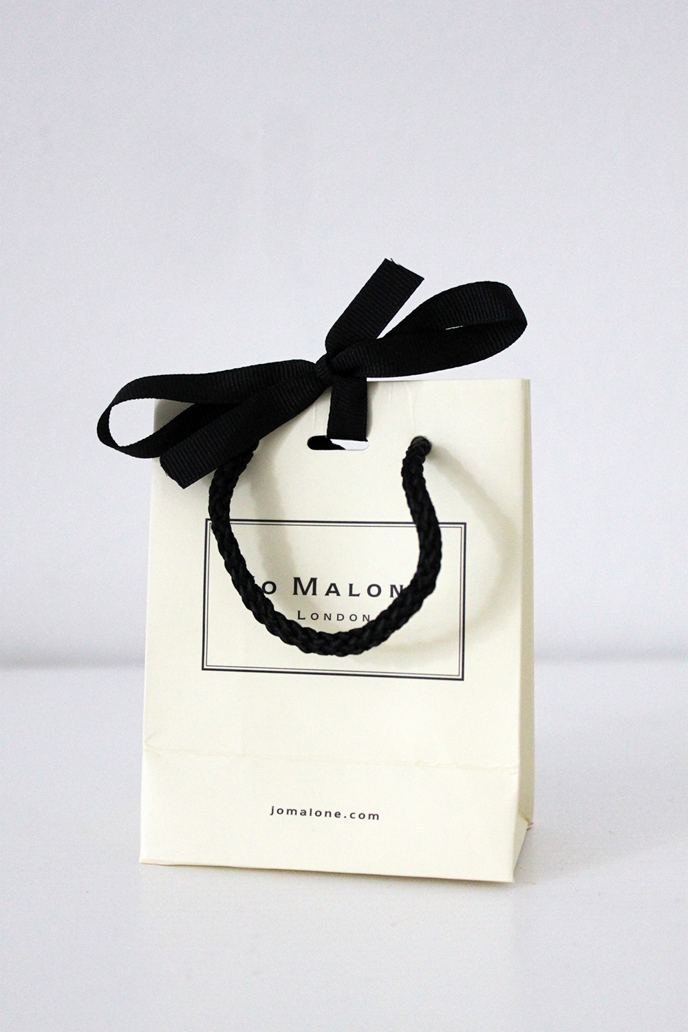 who is mocca, fashionblog tirol, beautyblog tirol, interiorblog tirol, jo malone, body creme grapefruit, parfuemgefluester