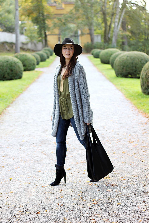 whoismocca fashionblog tirol austria cardigan orsay aw 14 15 mavi jeans zara boots hmtrend studiocollection khaki bluse fedorahut shopper skinny jeans von mavi