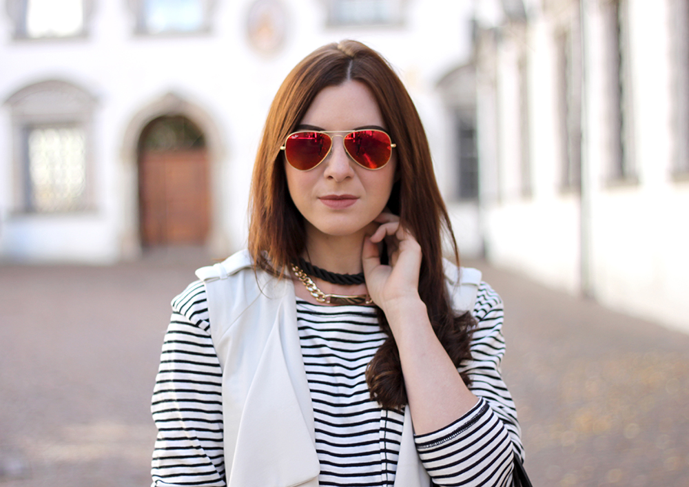 who is mocca, fashionblog tirol, beautyblog, interiorblog, overkneestiefel kombinieren, trenchcoatweste, streifenshirt outfit, shopper braun, great lengths extensions, ray ban verspiegelte Sonnenbrille