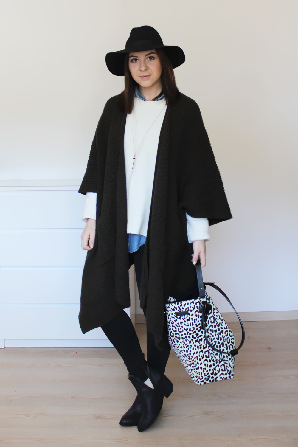who is mocca, blogger tirol, fashionblog, weekly wardrobe review, outfit review, alltagsoutfits, everyday look, bürooutfit