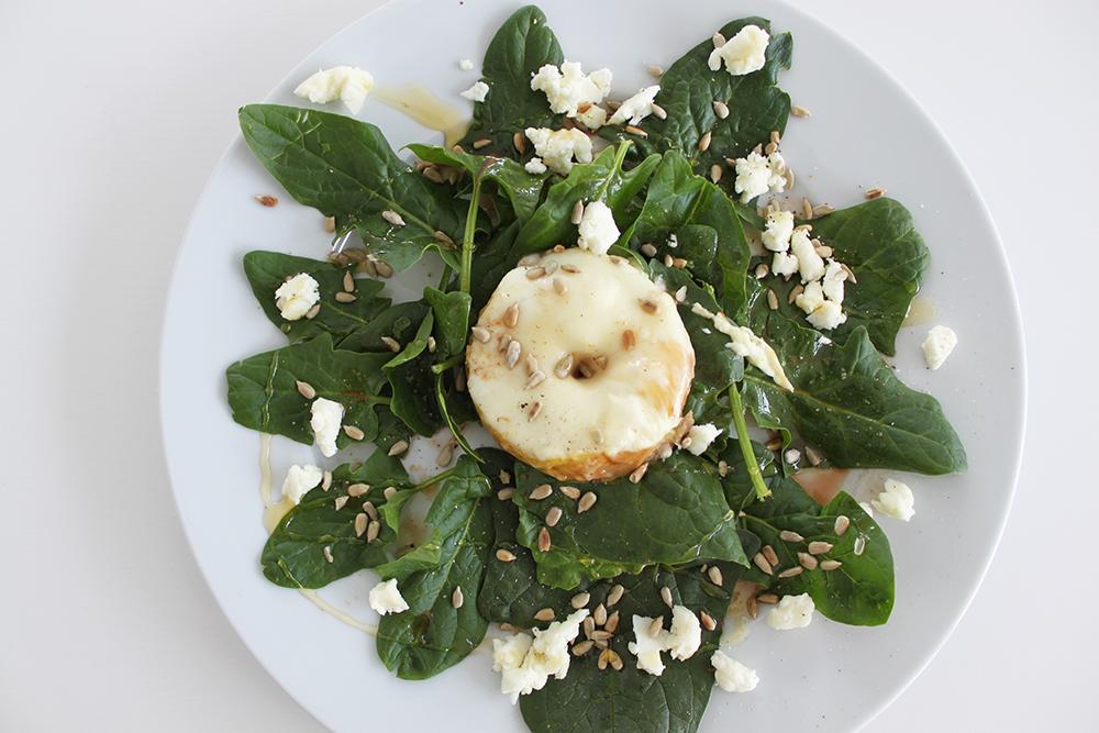 who is mocca, blogger tirol, foodblog, rezept, health, veggie, vegetarische rezepte, spinatblaetter, apfel, schafskaese, tirol