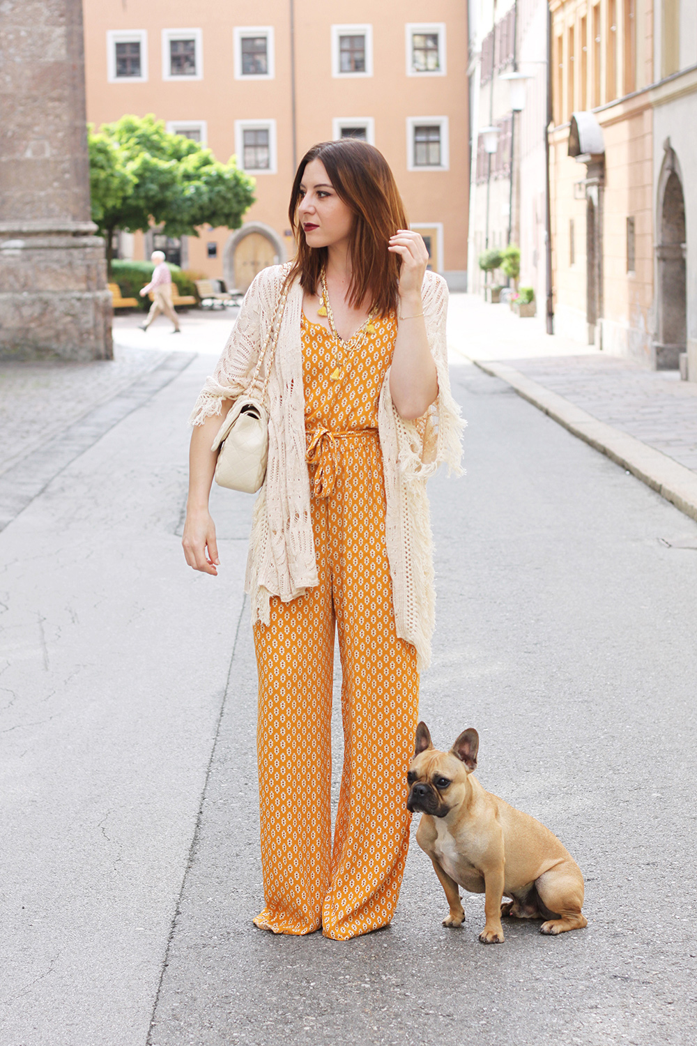who is mocca, blog tirol, boho in the city, bohemian, hippie, chic, frenchie, jumpsuit, palazzo hose, mango, kimono, fransen, chanel jumbo beige 2.55, innsbruck, tirolblog, how to wear, how to style, wie kombinieren, whoismocca.com