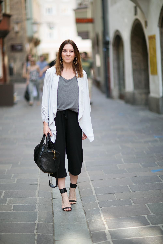 who is mocca, blog, tirol, innsbruck, österreich, culotte kombinieren, sandalen, alexander wang rocco bag, blazer oasis grau, fashionblogger, whoismocca.com