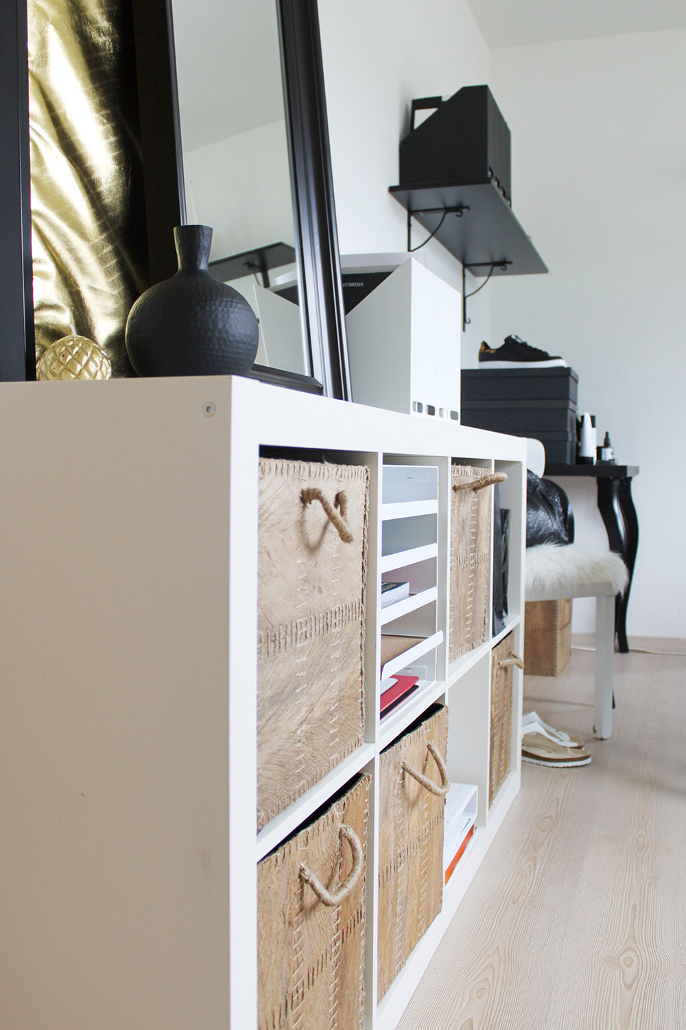 Homestory: Home-Office mit Ikea, Voga un...