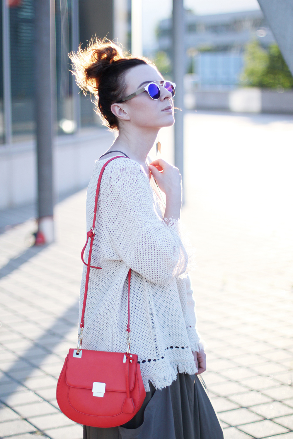 who is mocca, blog, tirol, innsbruck, austrianblogger, olympia world innsbruck, frenchie, boho, espadrilles, outfit kombinieren, aldo tasche chloe lookalike, spitfire sonnenbrille dior so real lookalike, mango pullover fransen, messy bun