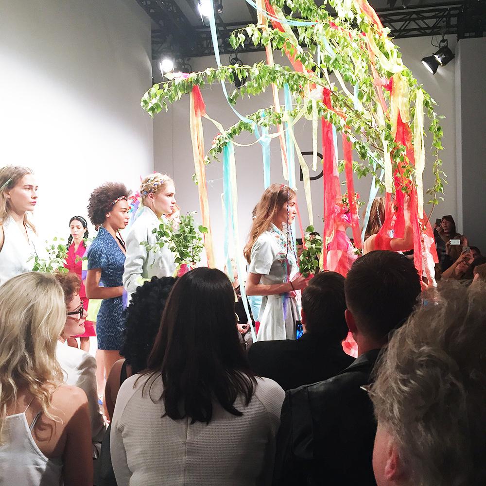 who is mocca, fashion week berlin, review, erfahrungen, blogger fashion week, show, designer, red carpet, ss 2016 designer, whoismocca.com