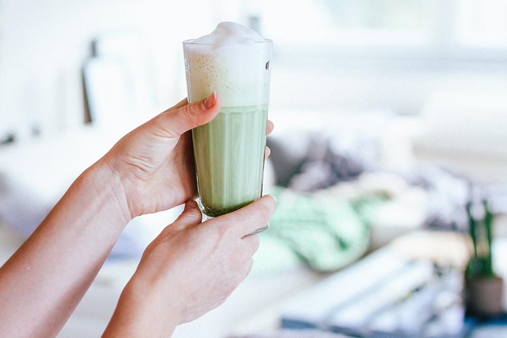 whoismocca, modeblog, foodblog, fashionblog, vegane matcha rezepte, matcha kekse, matcha latte, matcha müsli, vegetarische Ernährung, vegane ernährung, whoismocca.com