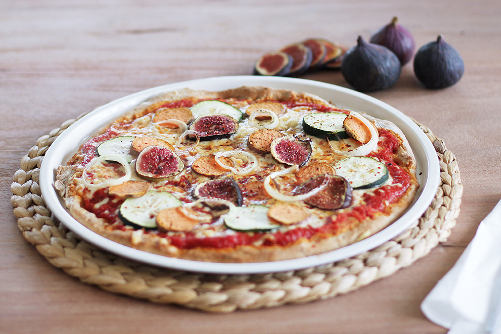 vegane pizza mit feigen foodblog. Black Bedroom Furniture Sets. Home Design Ideas