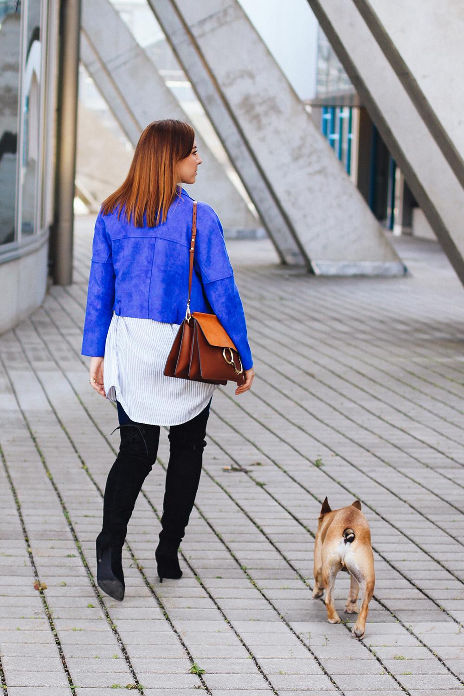 who is mocca, modeblogger, fashionblogger, overknee stiefel kombinieren, blaue bikerjacke, streifenbluse, chloe faye, chloegirl, frenchie fawn, streetstyle innsbruck, skinny jeans, whoismocca.com
