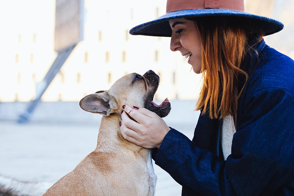 who is mocca, modeblogger österreich, fashionblogger deutschland, frenchie schmuck, schmuckkollektion französische bulldogge, geschenkidee freundin, geschenkidee freund, Weihnachtsgeschenke, Valentinstag geschenke, geburtstagsgeschenke, Hunde fan Geschenk, whoismocca.com