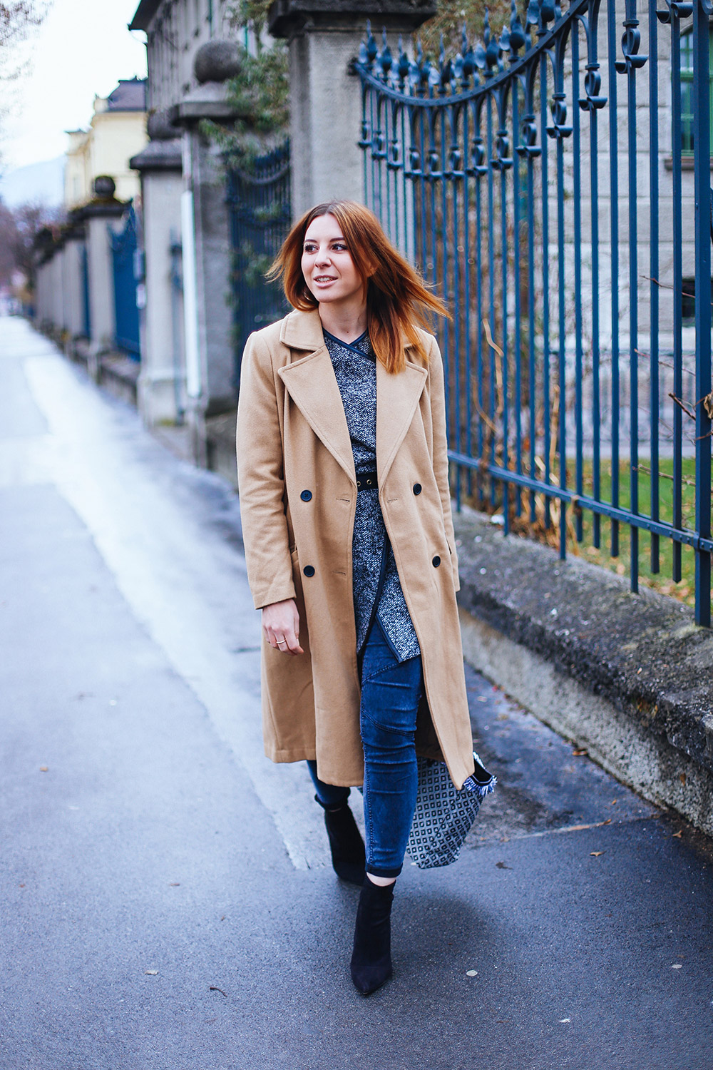 who is mocca, fashion blog, fashionblogger, camel coat, orsay cardigan, ankle boots zara