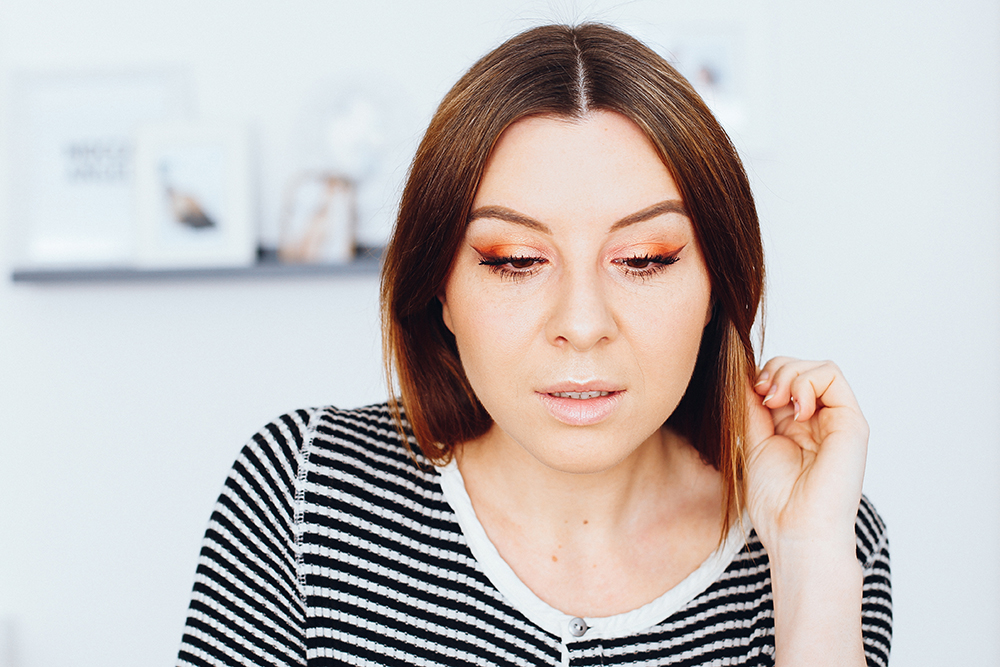 who is mocca, beautyblog, influencer, get ready with me, zoeva makeup, warm spectrum eyeshadow palette, coral spectrum rouge palette, orange amu, tutorial, youtube, deutsch