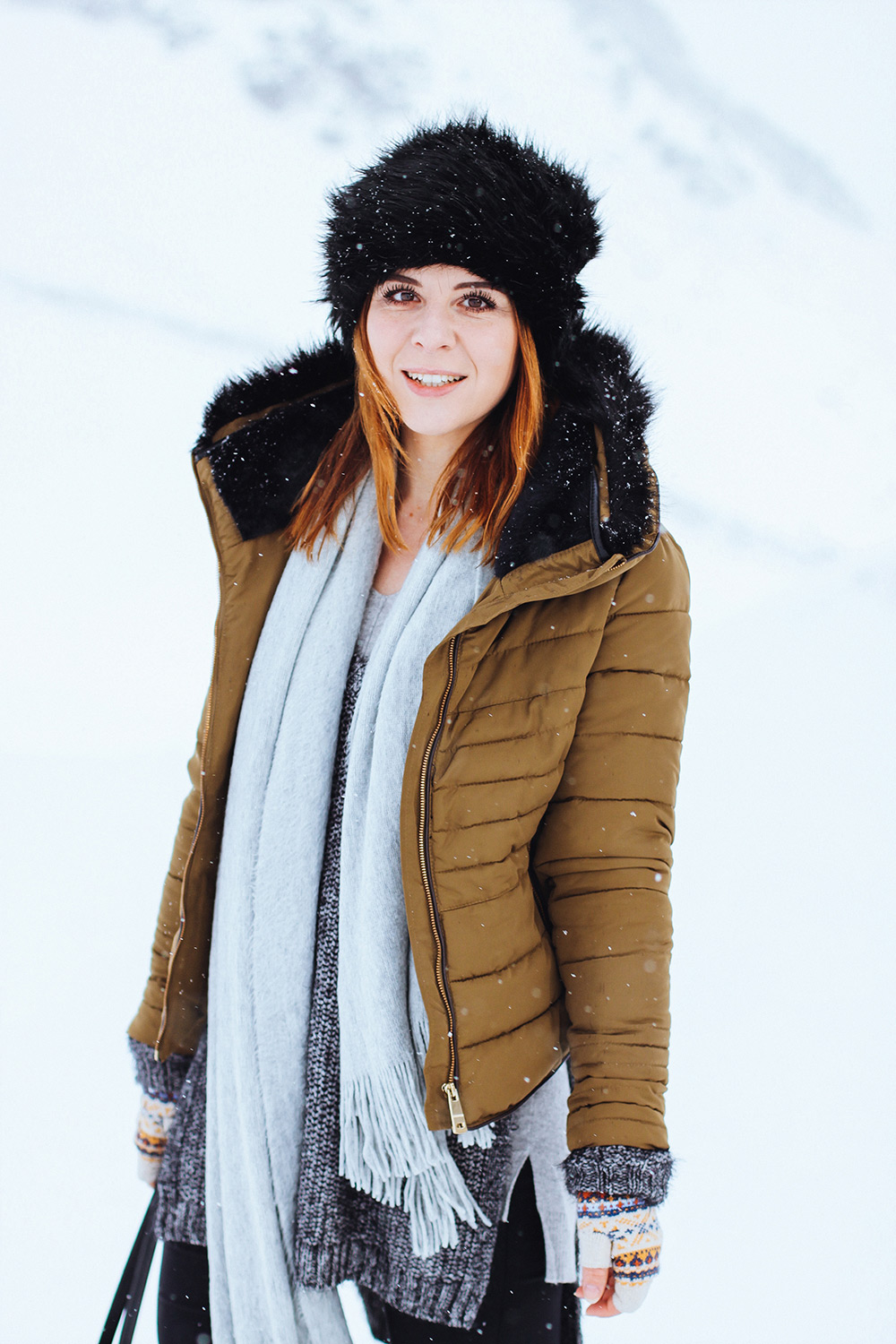who is mocca, modeblog, fashionblog, influencer, schnee outfit, warme winter boots, gesteppte daunenjacke, winter outfit tirol, streestyle österreich, whoismocca.com
