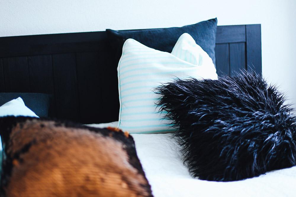 Gemuetliches schlafzimmer tipps ideen interior einrichtung - Dekoration fur schlafzimmer ...