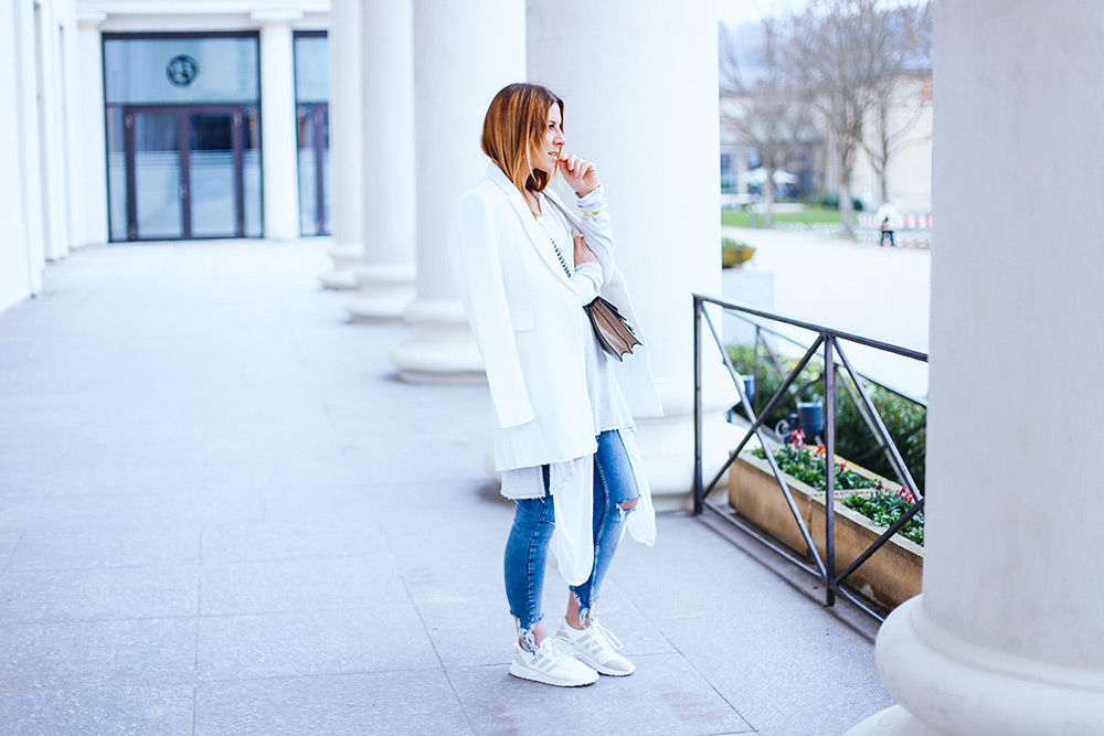 Layering Tips, Spring Outfit, Jeans Outfit, White Spring Look with Jeans, Fashion Blog, Lifestyle Blog, whoismocca.com
