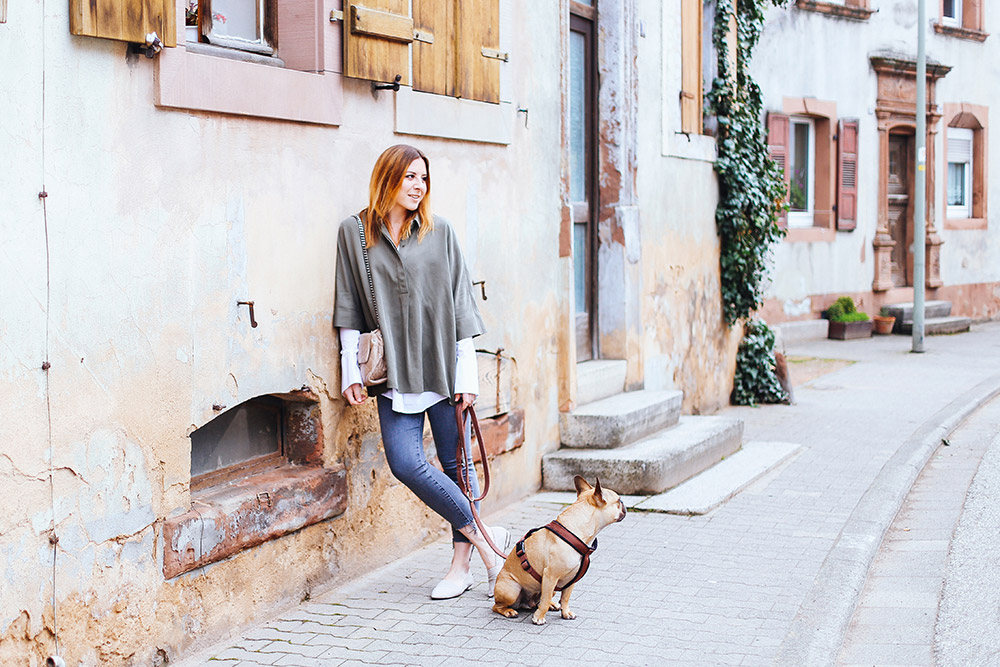 Flared-Sleeve Blouse, Calvin Klein Jeans, Flats from Kennel und Schmenger, Stella McCartney Soft Beckett Bag, Streetstyle, OOTD, Fashion Blog, whoismocca.com