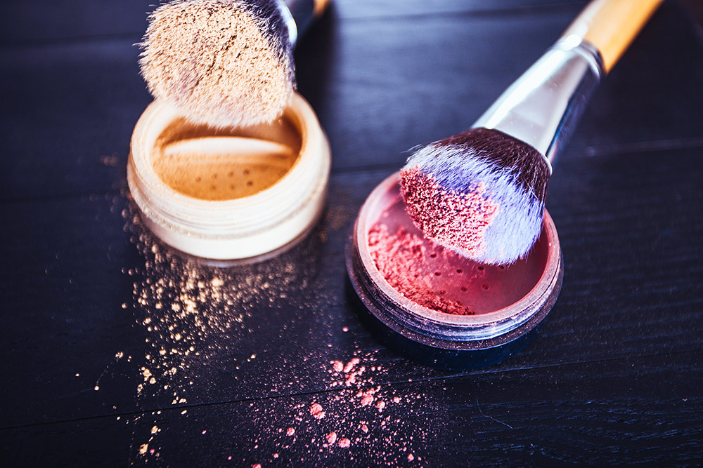 The 8 Must Have Make-up Brushes, Beauty Blog, whoismocca.com