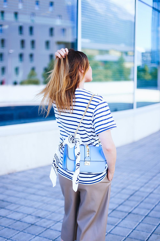 Anine Bing Shirt, Leder Culotte, goldene Mules, Valentino Glam Lock Bag, Frenchie, Streetstyle, Fashionblog, Modeblog, whoismocca.com