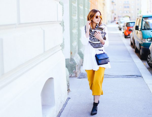 Spring Look, White Peplum Blouse, yellow culotte trousers, Vic Matie Boots, Guess Bag, Streetstyle, OOTD, Fashionblog, whoismocca.com