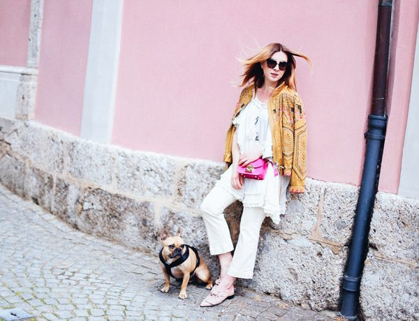 Sequined Jacket, white cropped Jeans and tunic, fashion magazine, fashion blog, austria, whoismocca.com