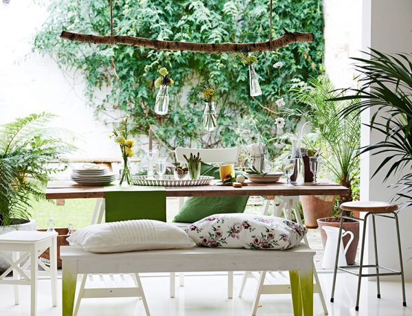 lifestyle who is mocca. Black Bedroom Furniture Sets. Home Design Ideas
