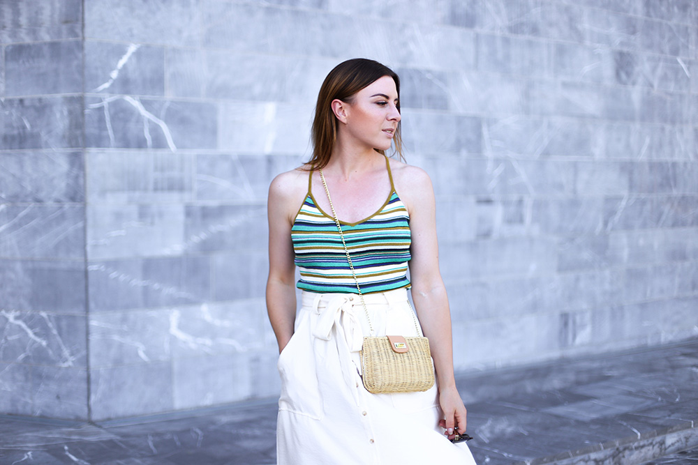 Midirock Sommer Outfit, Mules, Pantoletten, buntes Streifenshirt, Streetstyle, Fashionblog, Modeblog, whoismocca.com