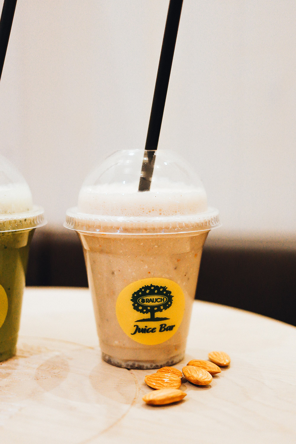 Rauch Juice Bar Innsbruck Special mit Who is Mocca?, Milky Mocci Juice, Foodblog, whoismocca.com