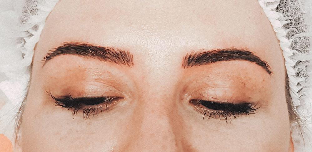 Was ist Microblading, Erfahrungen, Erfahrungsbericht, Vorher-Nachher, Natürliche Augenbrauen, Perfekte Augenbrauen, goldener Schnitt, Permanent Make-Up, Beauty Blog, whoismocca.com