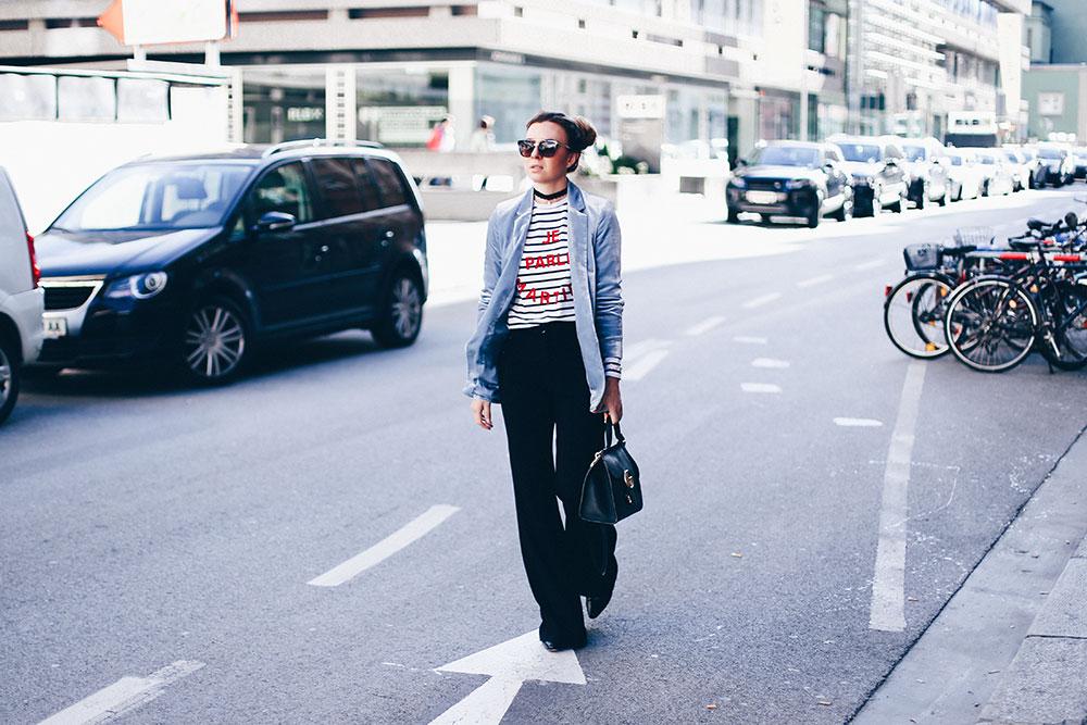 marlenehose-samtblazer-kombinieren-pastell-streifenshirt-gucci-alltagstasche-outfitblog-modeblog-fashionblog-streetstyle-whoismocca-2