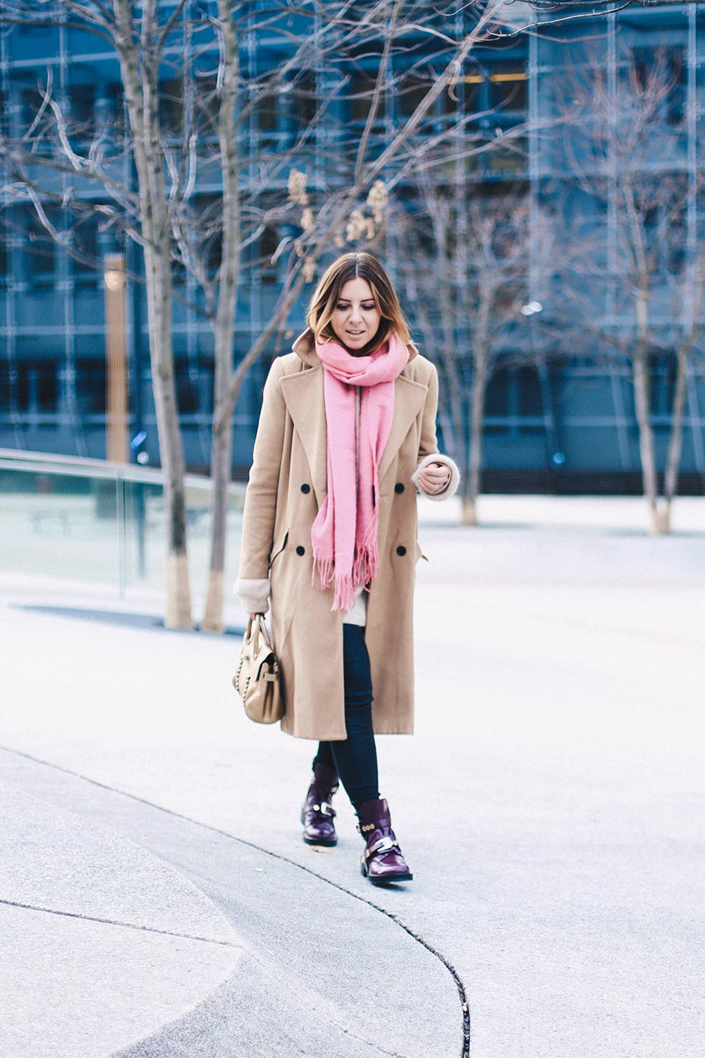 Balenciaga Cut-Out Boots, Camel Mantel und Mulberry Bayswater Tasche, Winter Outfit, Streetstyle, Innsbruck, Pink Outfit, Fashion Blog, Modeblog, Style Blog, Outfit Blog, whoismocca.com