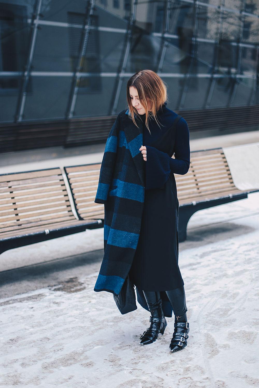 Kleid im Winter stylen, Winteroutfit, Layering, Karomantel, Sommerkleid im Winter, Lagenlook, Chanel Jumbo Maxi, Zara Outfit, Fashion Blog, Modeblog, Outfit Blog, Style Blog, whoismocca.com