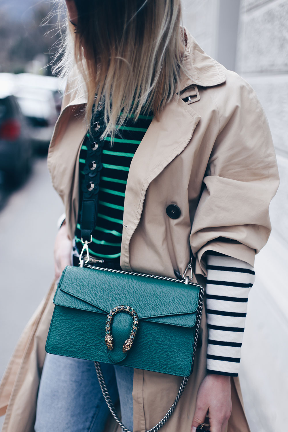 Bold Stripes Trend, How to wear, Streifen Trend, Streetstyle, Modeblog, Frühlings Trends, Fashion Blog, Trenchcoat mit Schleifen, Zara Mules, Gucci Dionysus in Grün, Outfit Blog, Style Blog, www.whoismocca.com
