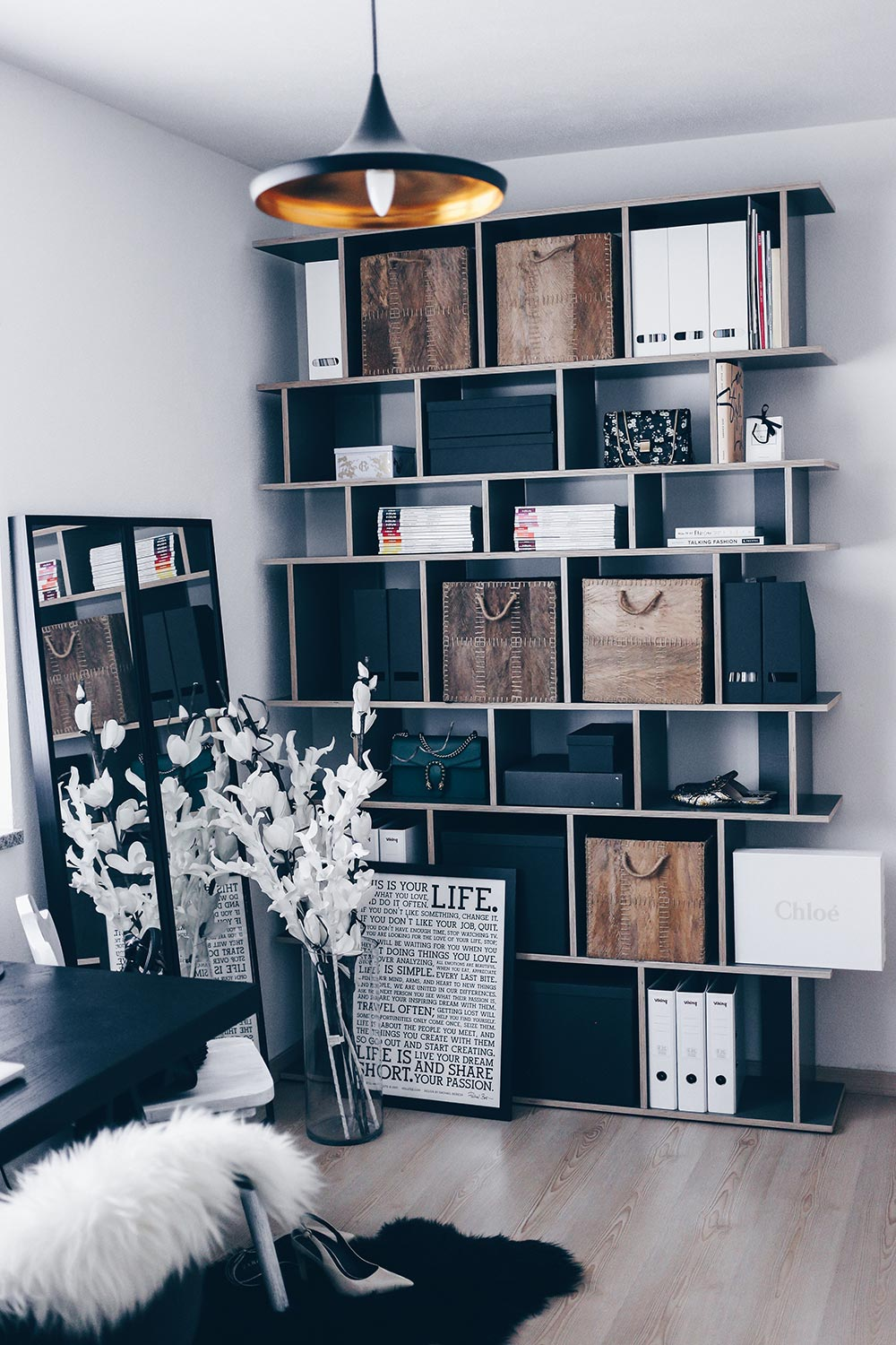 mein blogger home office stylisch aber funktional who is mocca. Black Bedroom Furniture Sets. Home Design Ideas