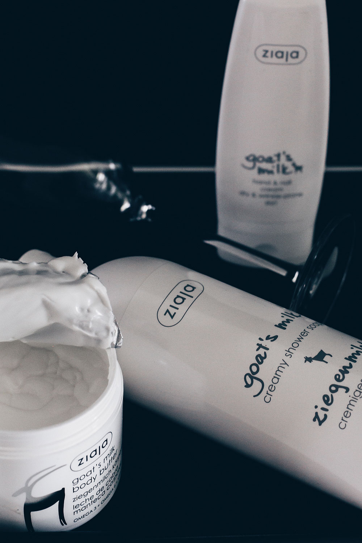 Hautpflege Tipps mit Ziegenmilch, Hautpflege Mischhaut, normale Haut, trockene Haut, Anti Aging Hautpflege, Naturkosmetik Gesichtspflege, Beauty Magazin, Beauty Blog, Erfahrungsbericht, Produkttest, www.whoismocca.com