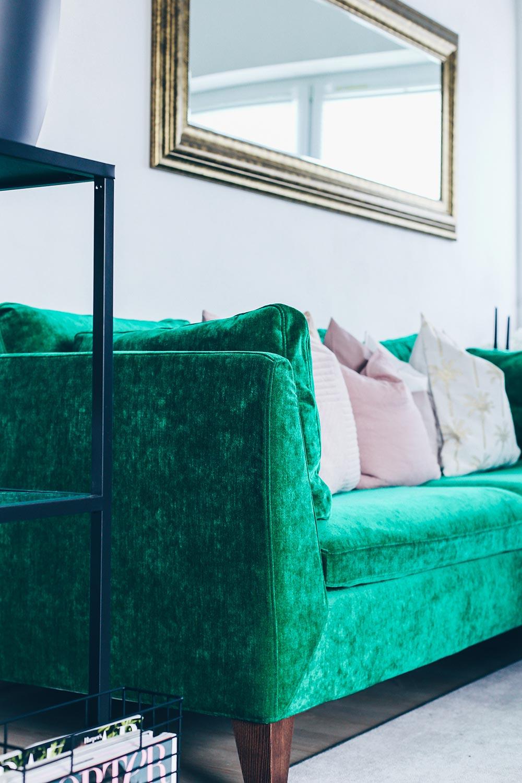 Grner Sofa Bezug Aus Samt Wohnzimmer Ideen Inspiration Living Room Ideas