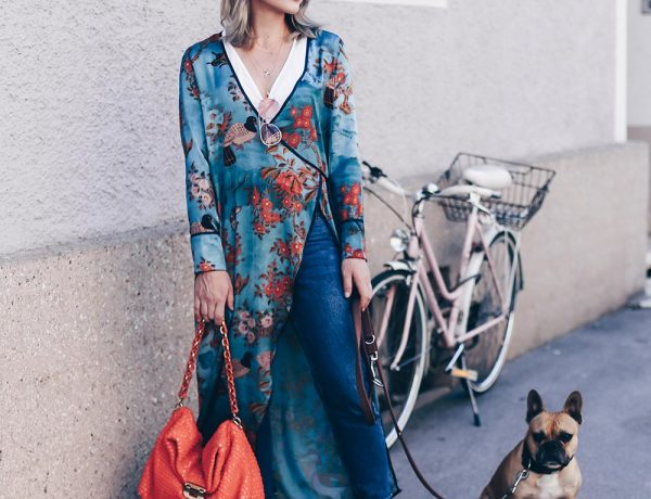 Zara Blumen Longline Kimono kombinieren, Früh Sommer Outfit mit Jeans und Kimono, High Heels, Nina Ricci Tasche, rosa Sonnenbrille, Basic Casual Chic Outfit, Sommer Style, Fashion Blog, Modeblog, Outfit Blog, Style Blogazine, www.whoismocca.com