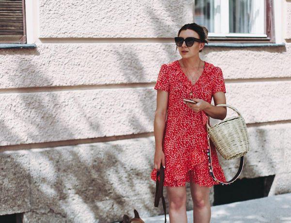 Sommerkleider kombinieren, Sommer Outfit stylen, Printkleid Mango, Volantkleid, Summer Wardrobe Essentials, Fashion Blog, Modeblog, Outfit Blog, Style Blog, Fashion Magazin, www.whoismocca.com
