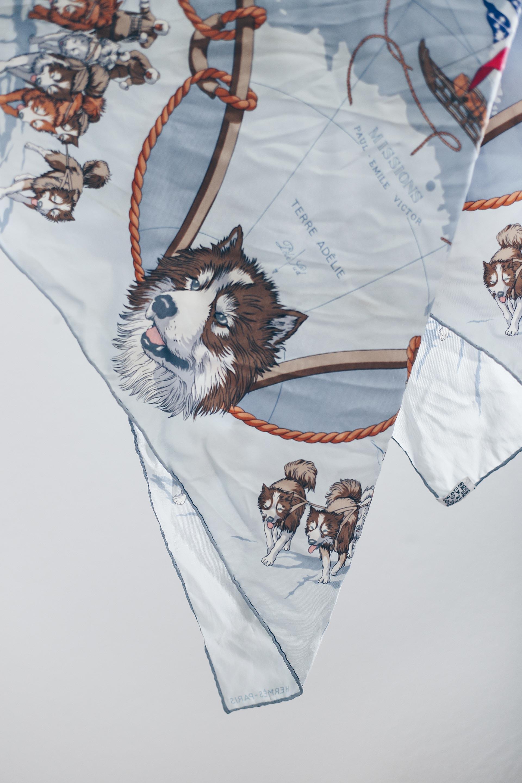 Seide waschen und reinigen, Pflegetipps für Hermes Seidentücher, Seide Pflegetipps, kann man Seide waschen, Vintage Blog, Fashion Blog, Modeblog, www.whoismocca.com