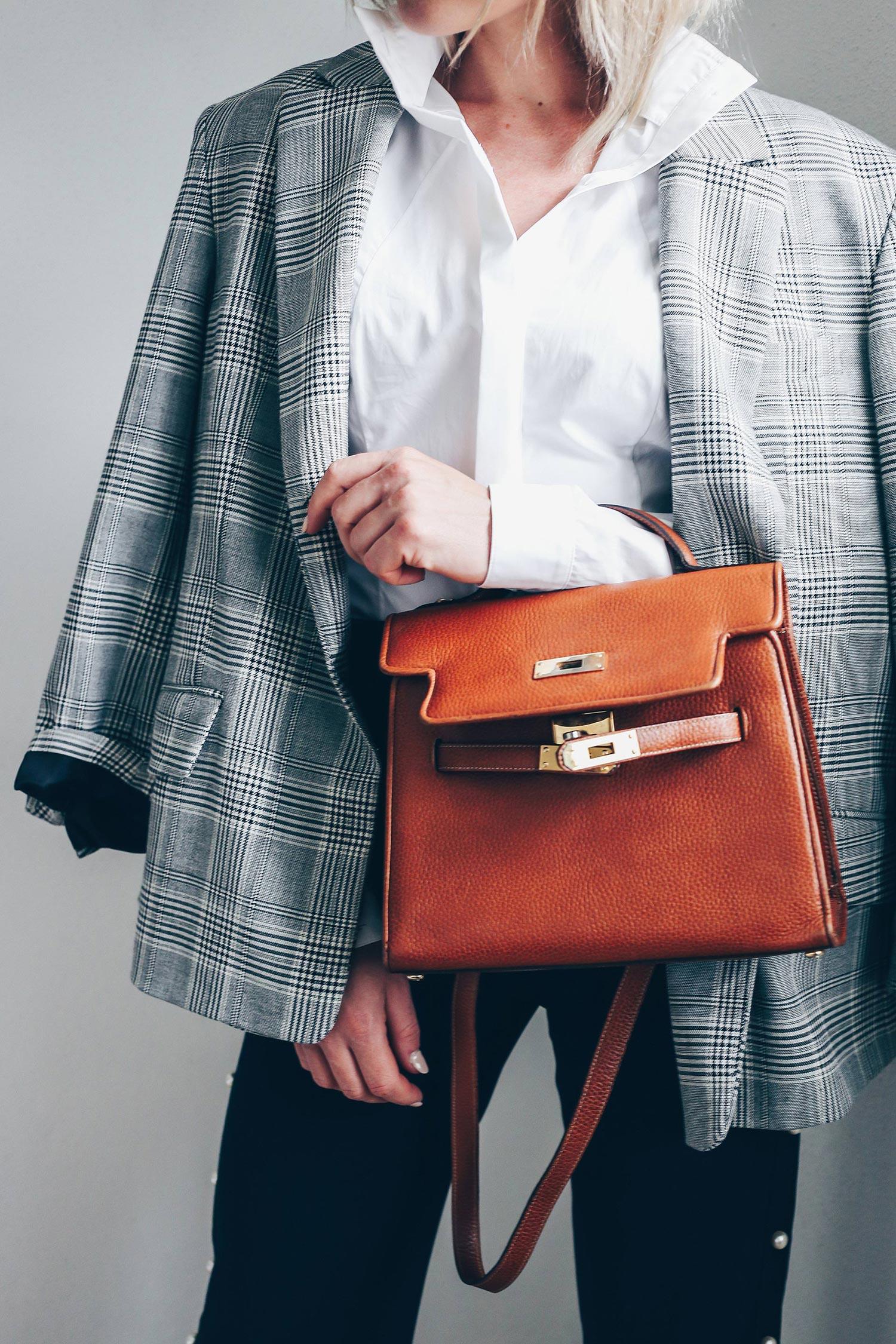 Was ziehe ich zum Vorstellungsgespräch an, Dresscode Bewerbungsgespräch, Karriere Blog, Woman at Work, Style Blog, Fashion Blog, Modeblog, Business Outfits, Büro Outfits, Office Style, www.whoismocca.com