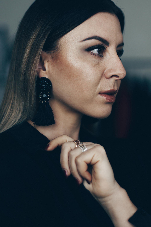 High-End Makeup Tutorial, Victoria Beckham Estée Lauder, Lancome Foundation, Bobbi Brown Glow Stick, Yves Saint Laurent Touche Eclat, Glow Makeup, High End Schminke, Makeup Must haves, Beauty Blog, www.whoismocca.com